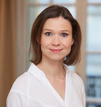 Julie Pasternak, Darrois Villey Maillot Brochier