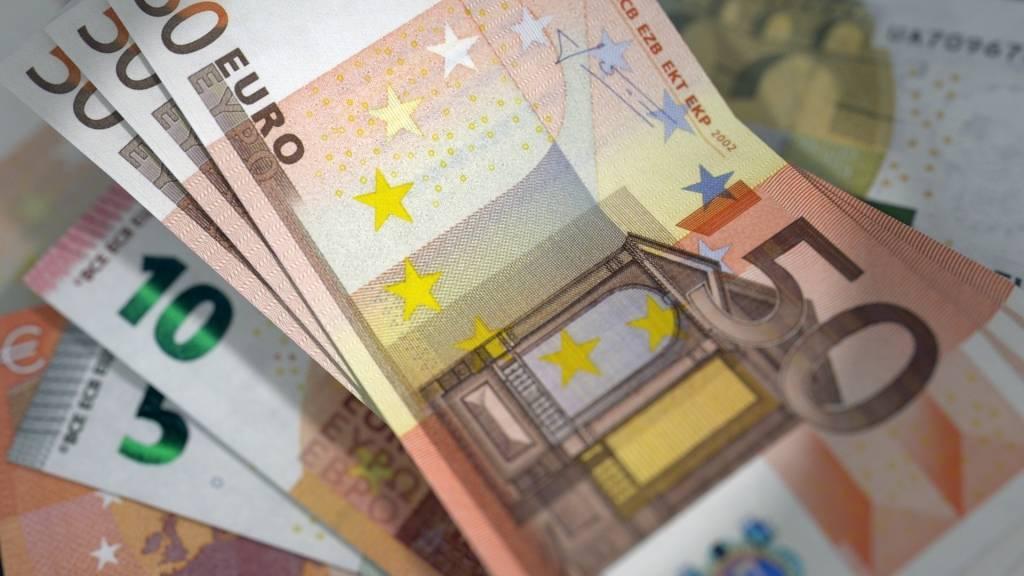 Zadig Asset Management gère aujourd'hui 1,6 Md€) (1,8 Md$) pour le compte d'investisseurs institutionnels, banques privées et family office en Europe et aux États-Unis.