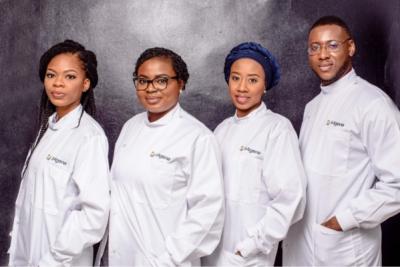 Des membres du personnel de la biotech nigériane 54gene