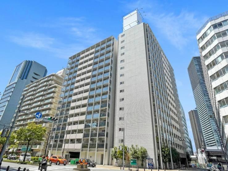 L'immeuble de logements Zeus Nishi Umeda à Osaka