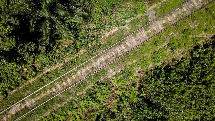 Le Transgabonais, exploité par la Setrag au Gabon. © Eramet