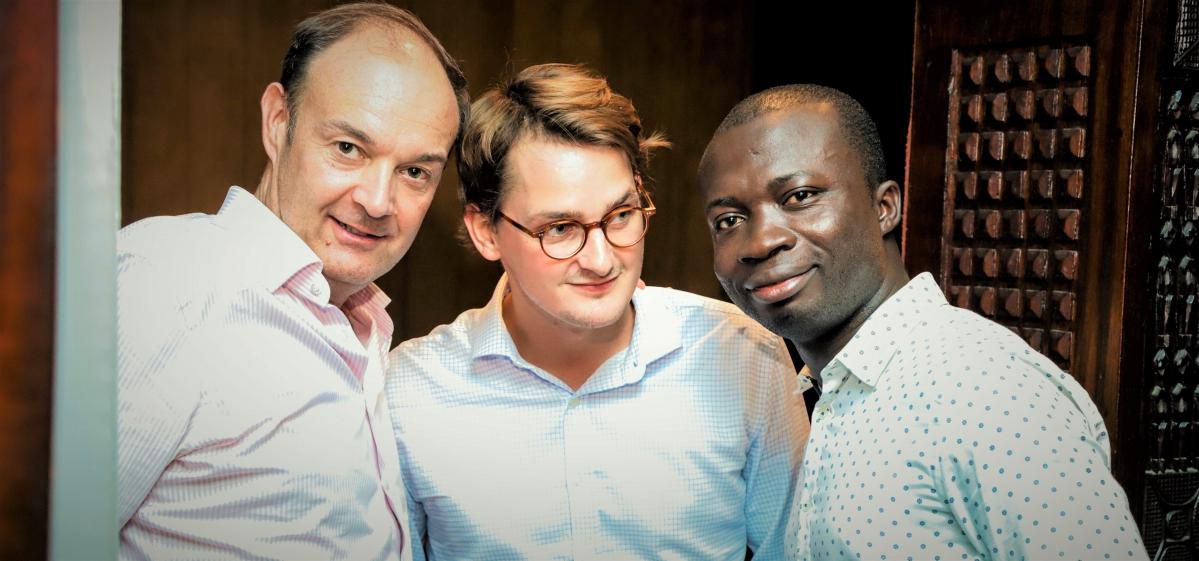 Benoît Delestre et Arthur Thuet, Saviu Ventures, aux côtés de Délas N'dri, leur associé ivoirien sur Kamtar