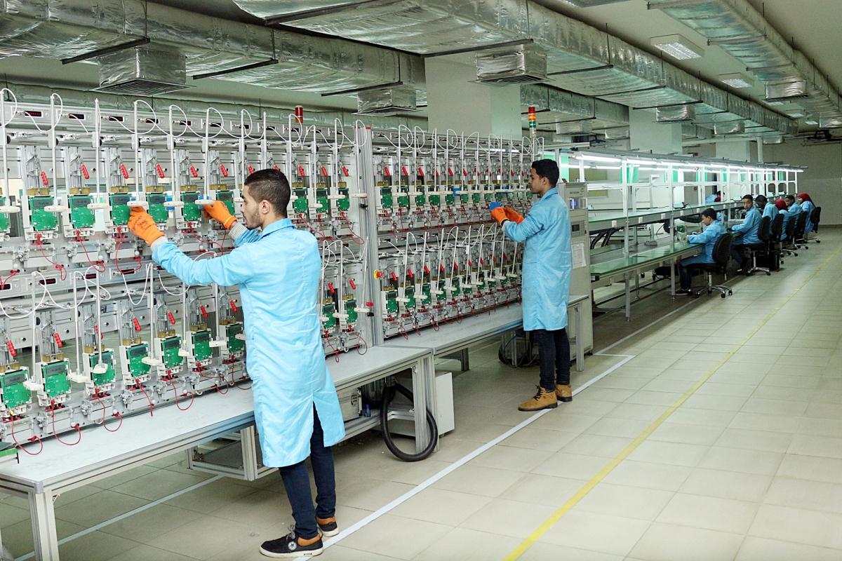 Basée au Caire, Globaltronics est une entreprise de haute technologie qui conçoit et fabrique une large gamme de solutions de mesure de l'électricité, comprenant à la fois des appareils et des systèmes.