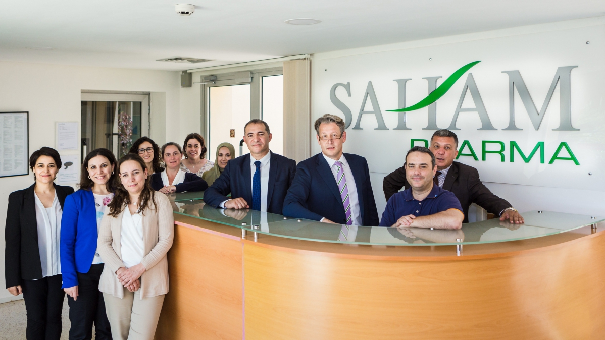 L'équipe de Saham Pharma, leader de la production d'antibiotiques au Maroc, et distributeur de solutions injectables auprès des hôpitaux.