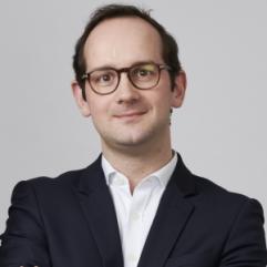 Philippe Dilasser, Initiative & Finance