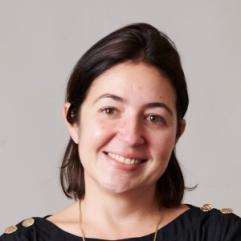 Caroline Pihan, Initiative & Finance
