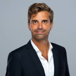 Adrien De la Bouillerie, Sparring Capital