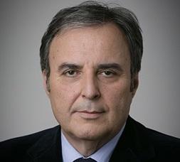 Claude Serra