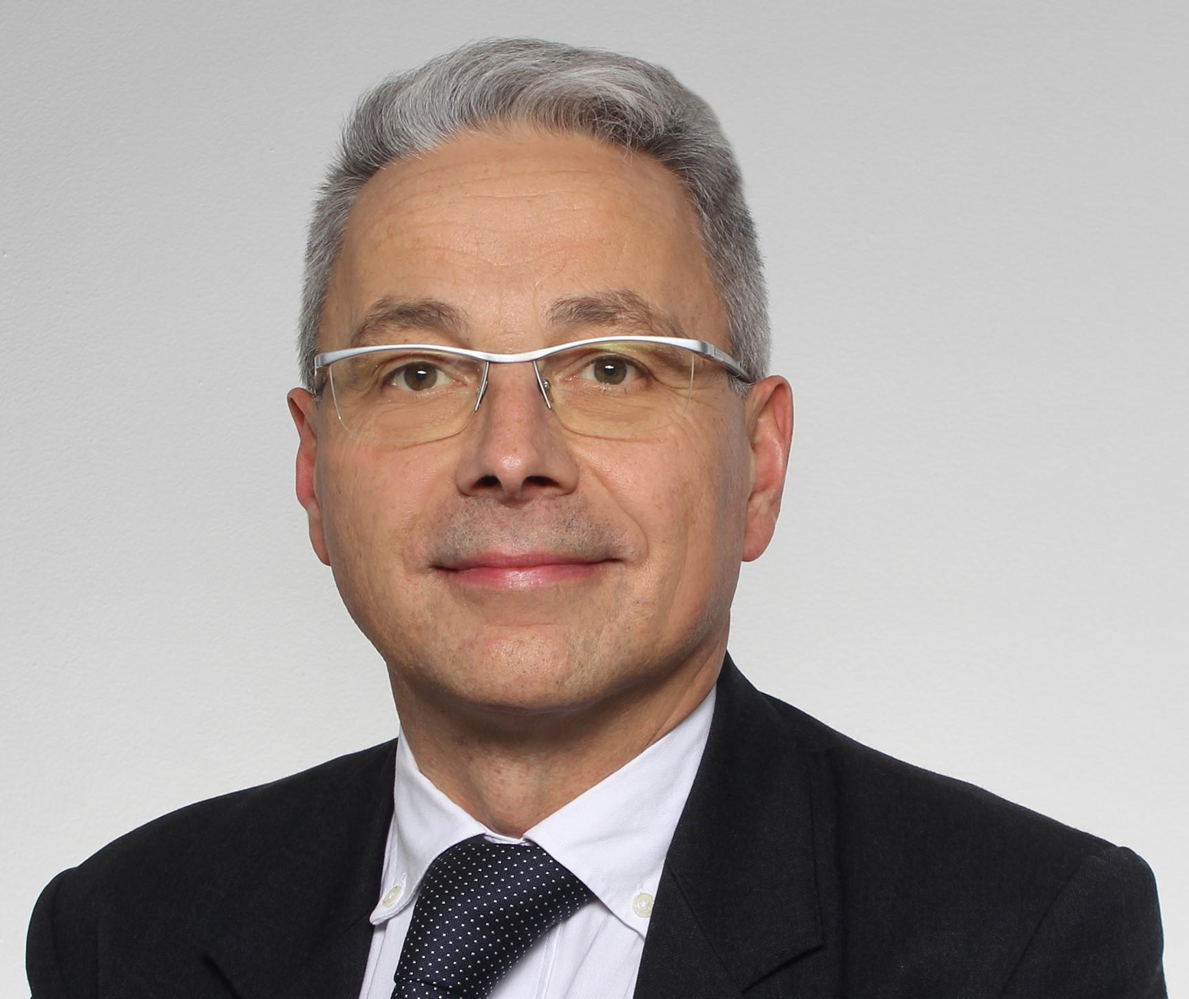 Benoît Provost, CMS Francis Lefebvre