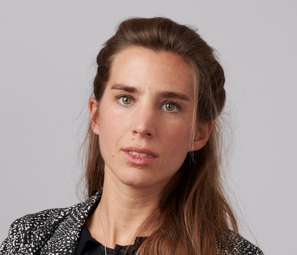 Camille Grosfilley, Initiative & Finance