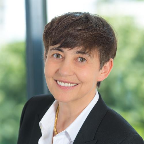 Caroline Rémus, Apax Partners Development