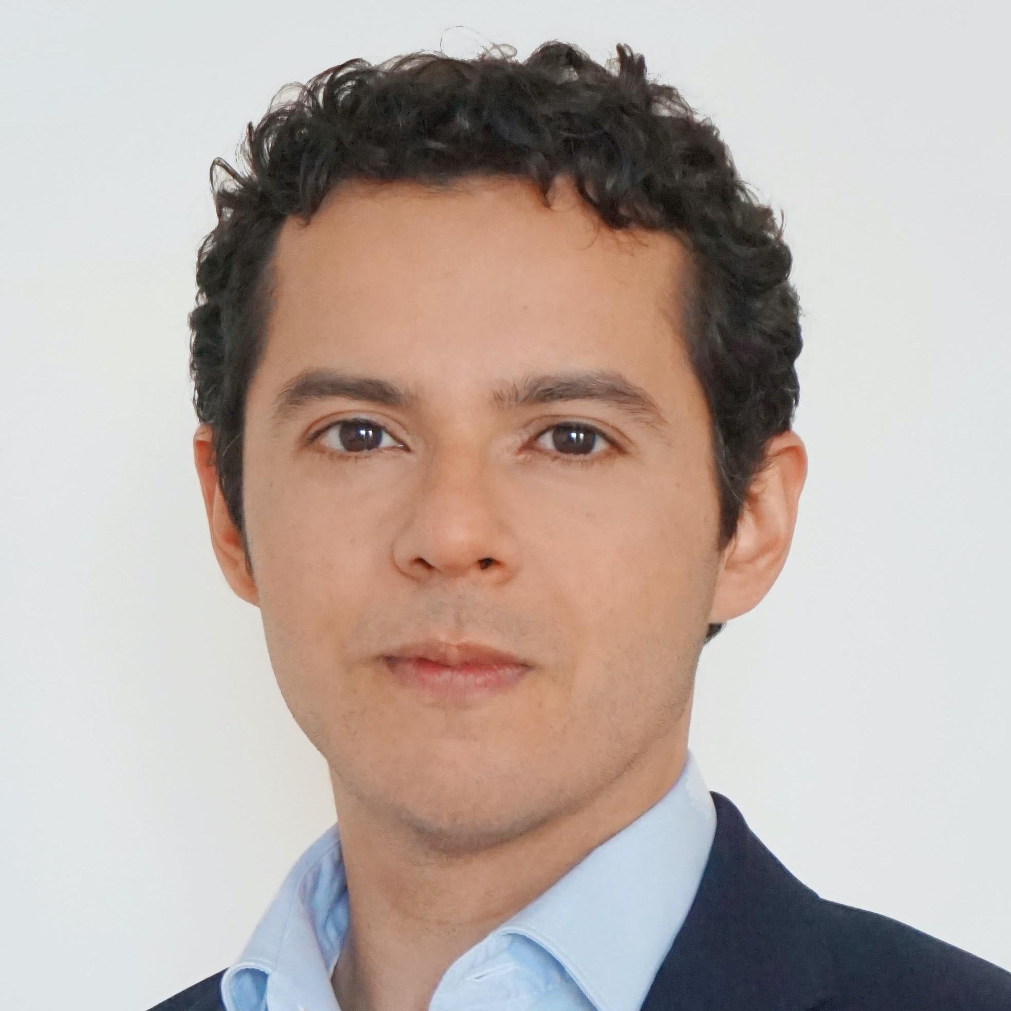 Hector Arroyo, Baker McKenzie
