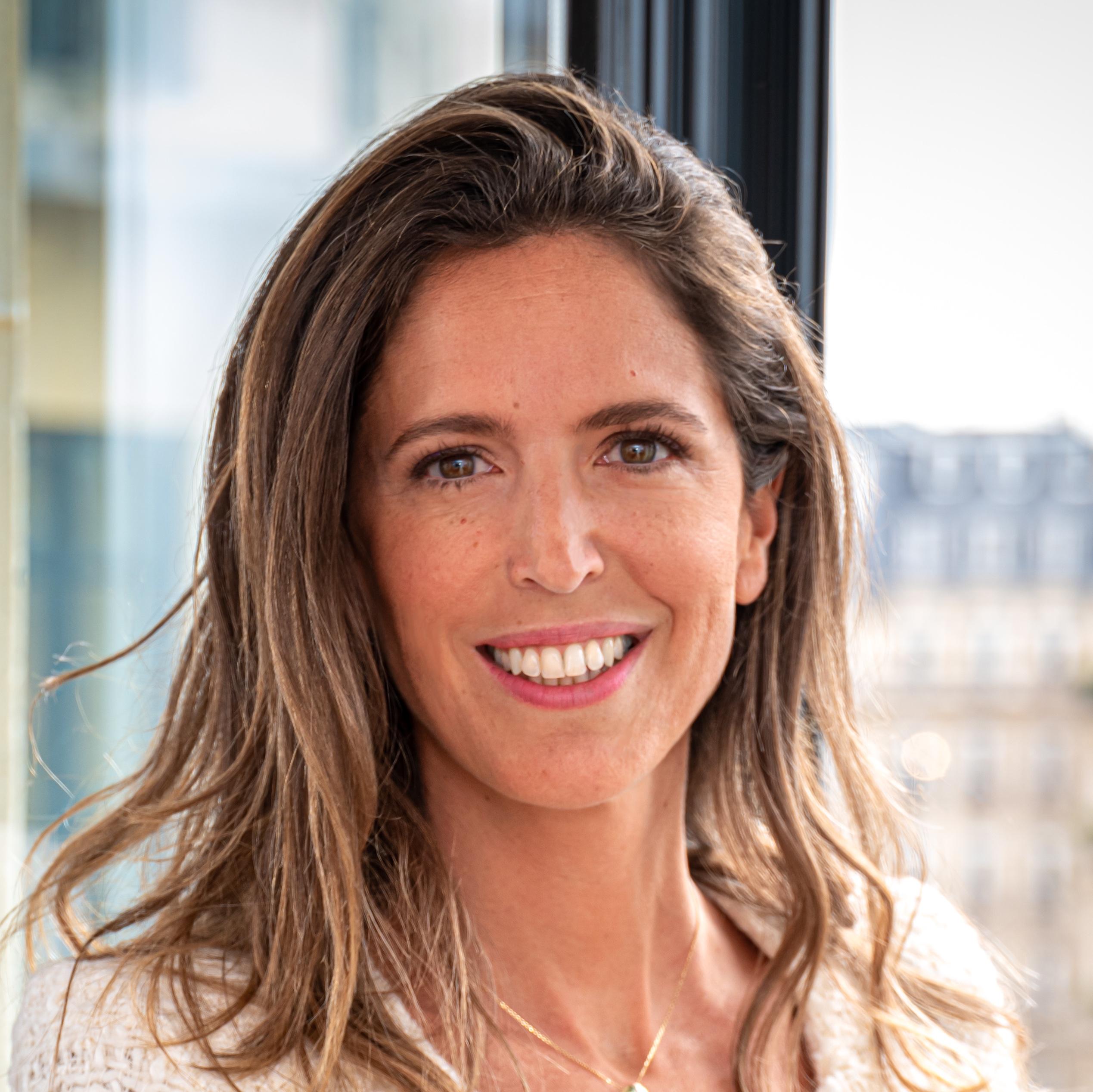 Joséphine Loréal, Apax Partners