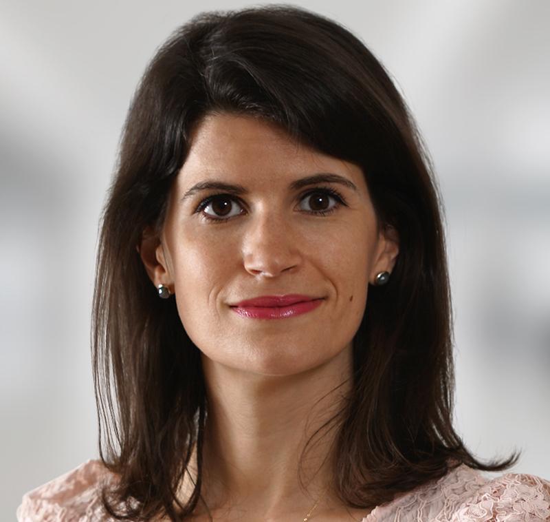 Marie Préat, Clifford Chance