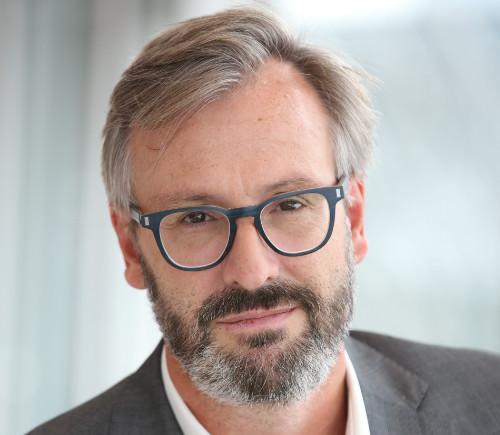 Olivier Girard, Accenture