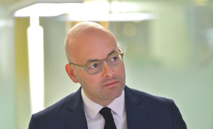 Thomas de Villeneuve, Apax Partners
