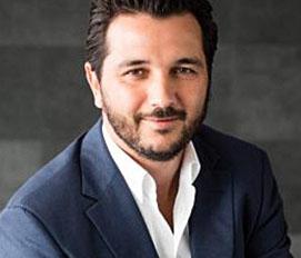 Youssef Chraibi, Outsourcia